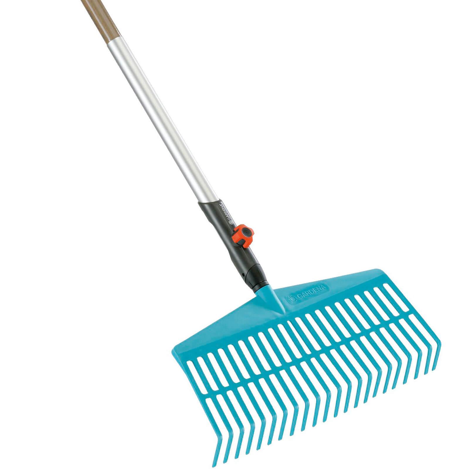 Garden hand tools gardena combisystem fan rake with for Garden tools hand rake