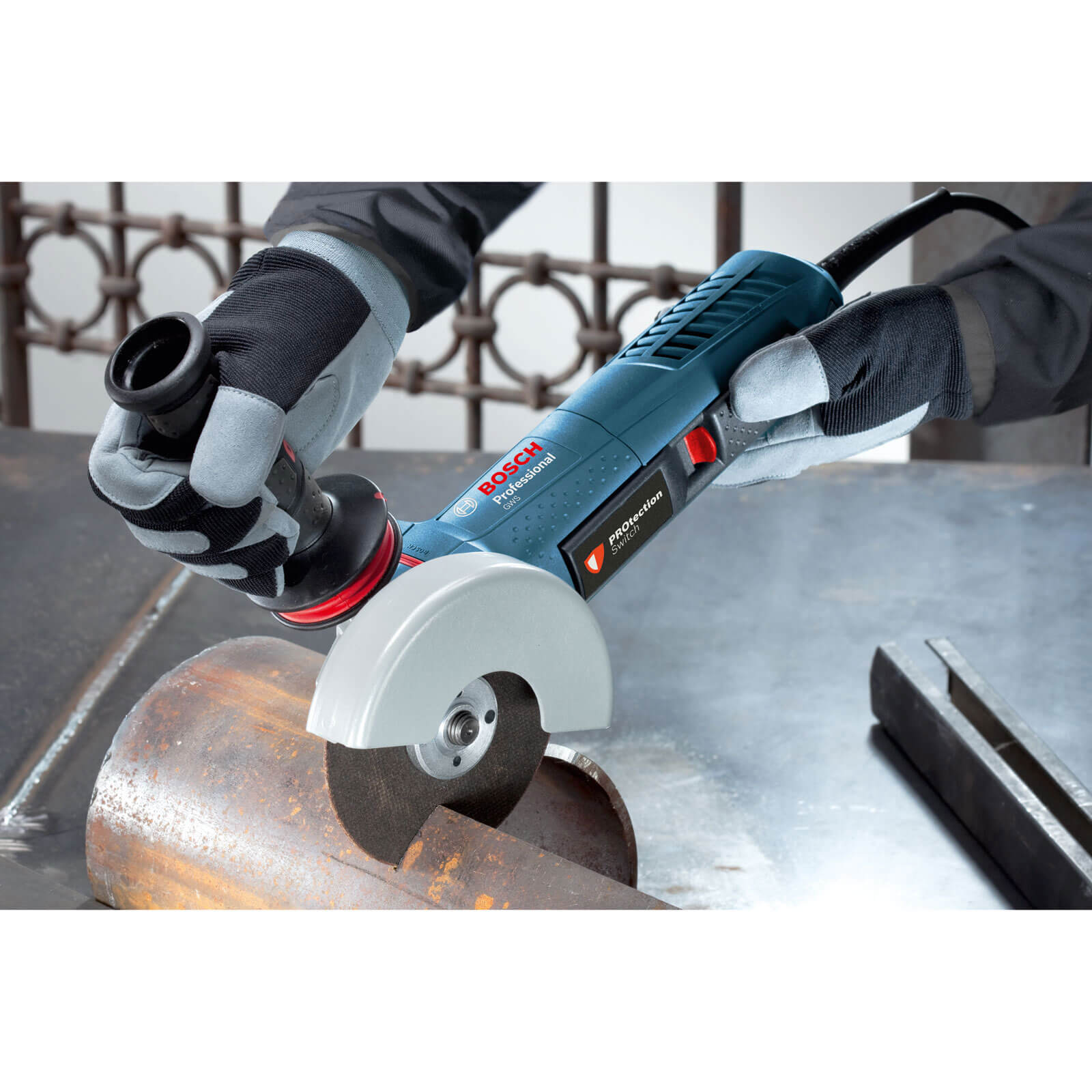 bosch gws 11 125 p angle grinder with protection switch. Black Bedroom Furniture Sets. Home Design Ideas