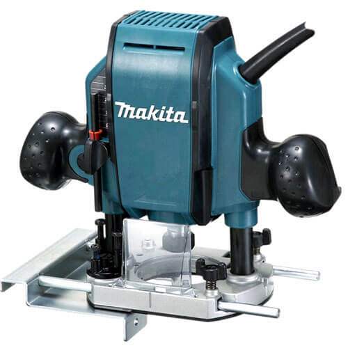 "Makita RP0900X 1/4"" Or 3/8"" Plunge Router 110v In Carry Case"