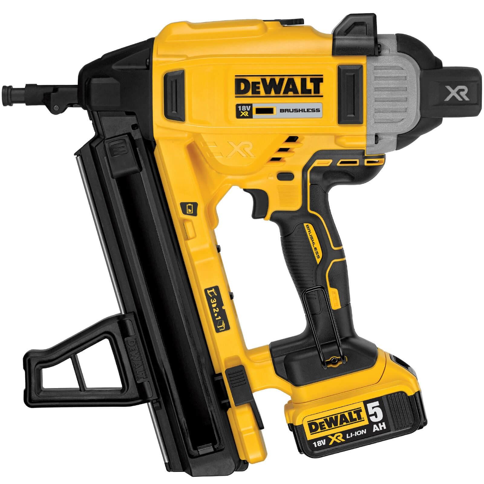 DeWalt DCN890 18v XR Cordless Concrete Nail Gun