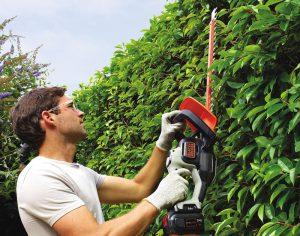 Grass trimmer from the Greenworks 40v G-max range