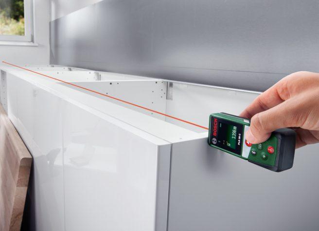 Bosch PLR 30 C laser distance measure