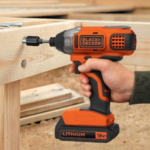 Driving coach screws with an impact driver