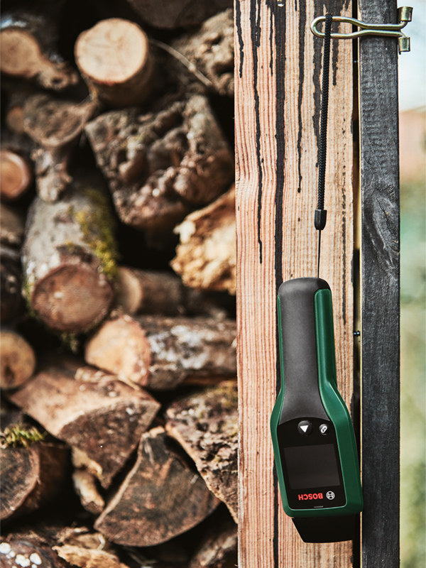 The Bosch UniversalHumid comes with a handy wrist strap